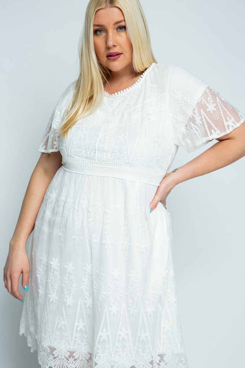 LACE EMBROIEDERED MIDI DRESS